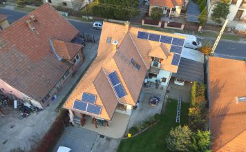 tagolt tetőre szerelt napelem rendszer